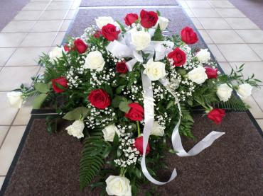 Arnold Florist Rose Casket Spray