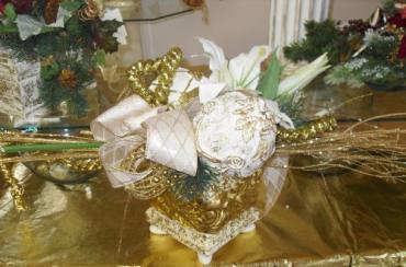 High Style Golden Chic Bouquet