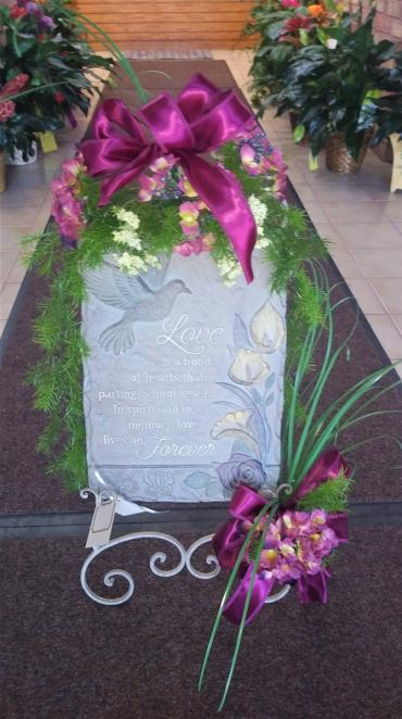 AF Calla Stone Keepsake Display