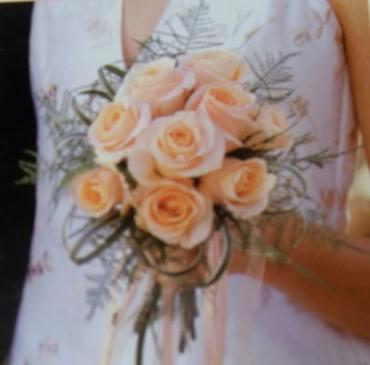 Arnold Florist Hand-Tied Peach Rose Bouquet