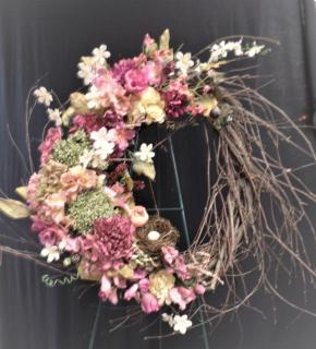 AF Mauve Wreath With Bird