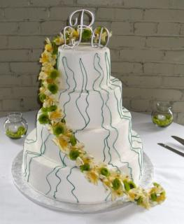 Cake decorated with Lilies