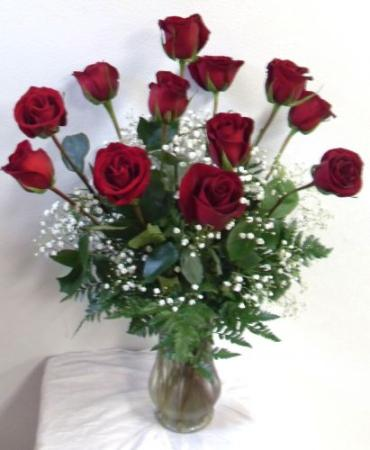 AF 12 Red Roses Arranged