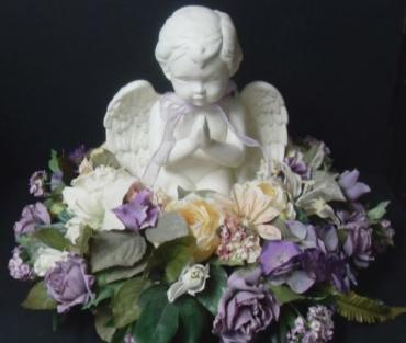 Large Cherub Arrangement