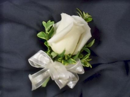 Single Rose Corsage (Pin On)