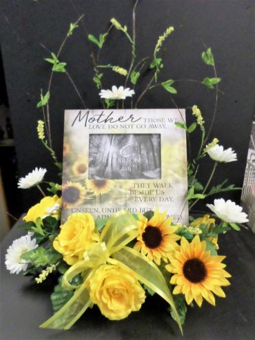 AF Mother Picture Frame with Silk Flowers