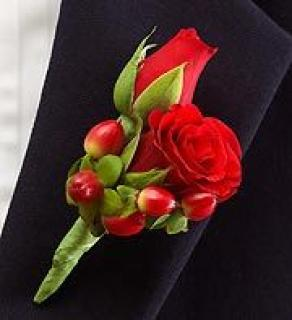 AF Double Red Sweetheart Rose with Berries