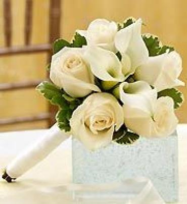 AF Mini Calla and Rose Bouquet (Ivory)