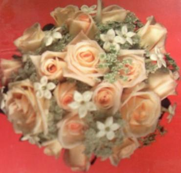Peach Roses with Stephanotis Bouquet