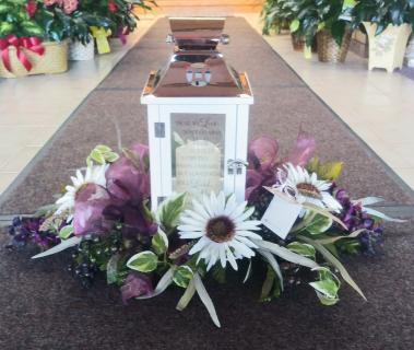 AF Keepsake Bouquet With Lantern
